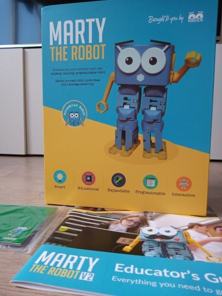 Marty-robot-programable-Scratch-Python-y-Javascript-Compatible-microbit-y-Raspberry